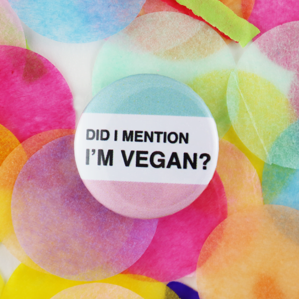 Mention vegan button badge